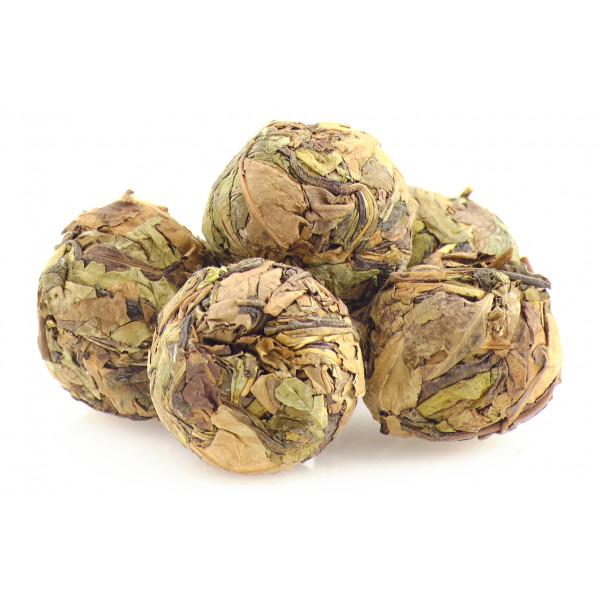 Pai mu tan tea balls