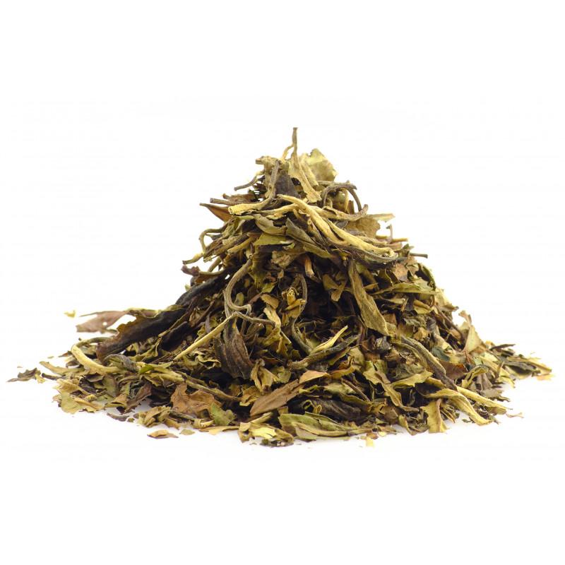 Maple smoked white tea